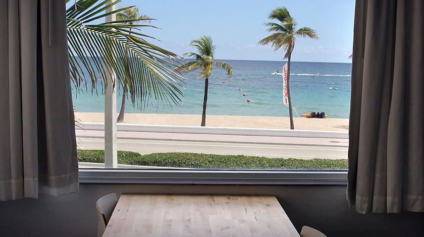 Snooze Hotel Beach View